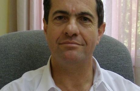 """עו""""ד אריה ברנע  – חבר ועדת ביקורת"""