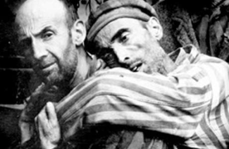 תיאטרון שואה ואנטישמיות